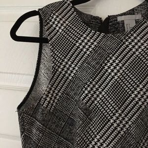 H&M plaid print sleeveless dress
